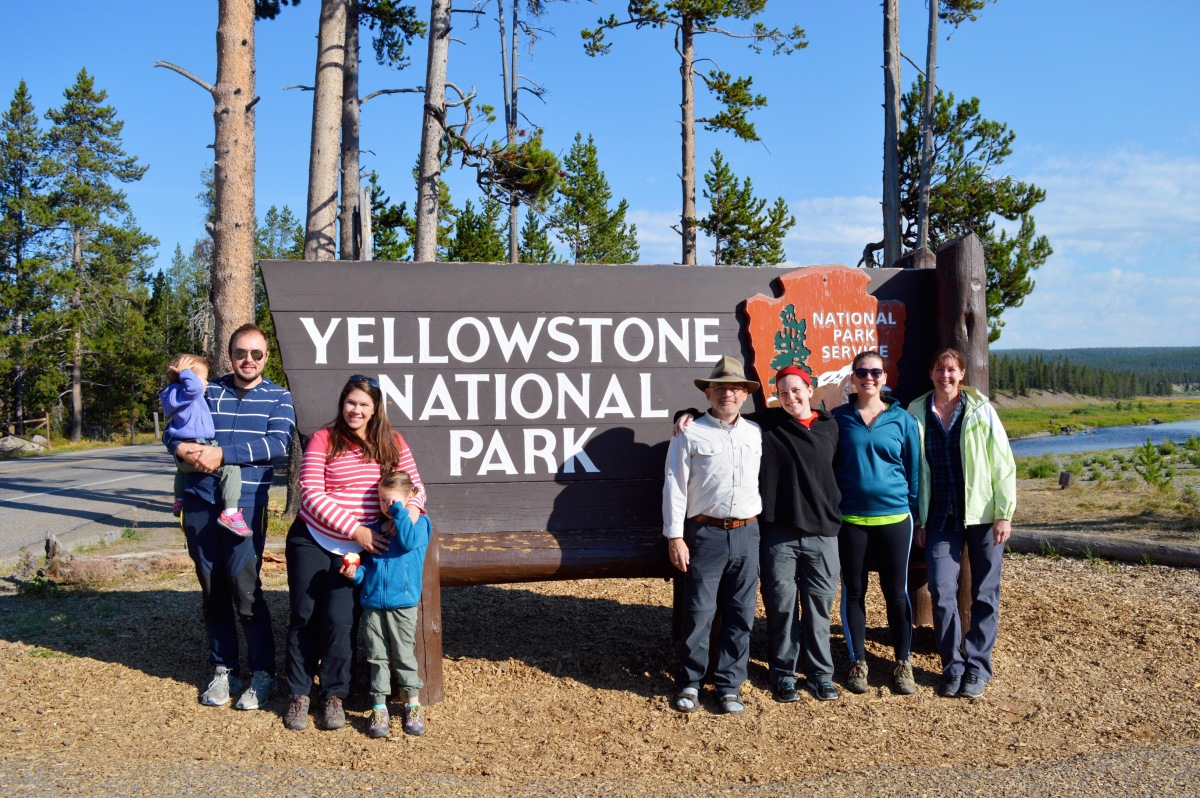 Drive the Grand Loop Road in Day at Yellowstone National Park